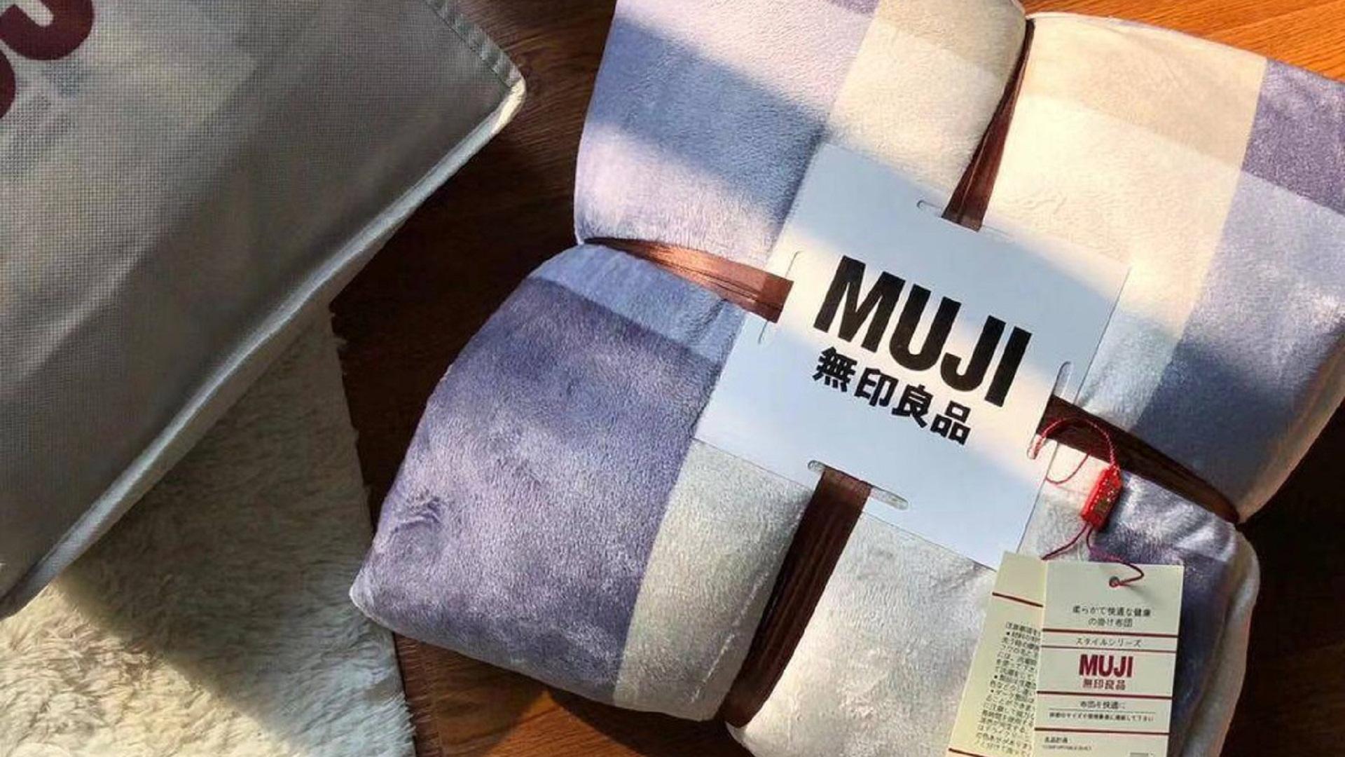 Silky Velvet Bed Sheet Set