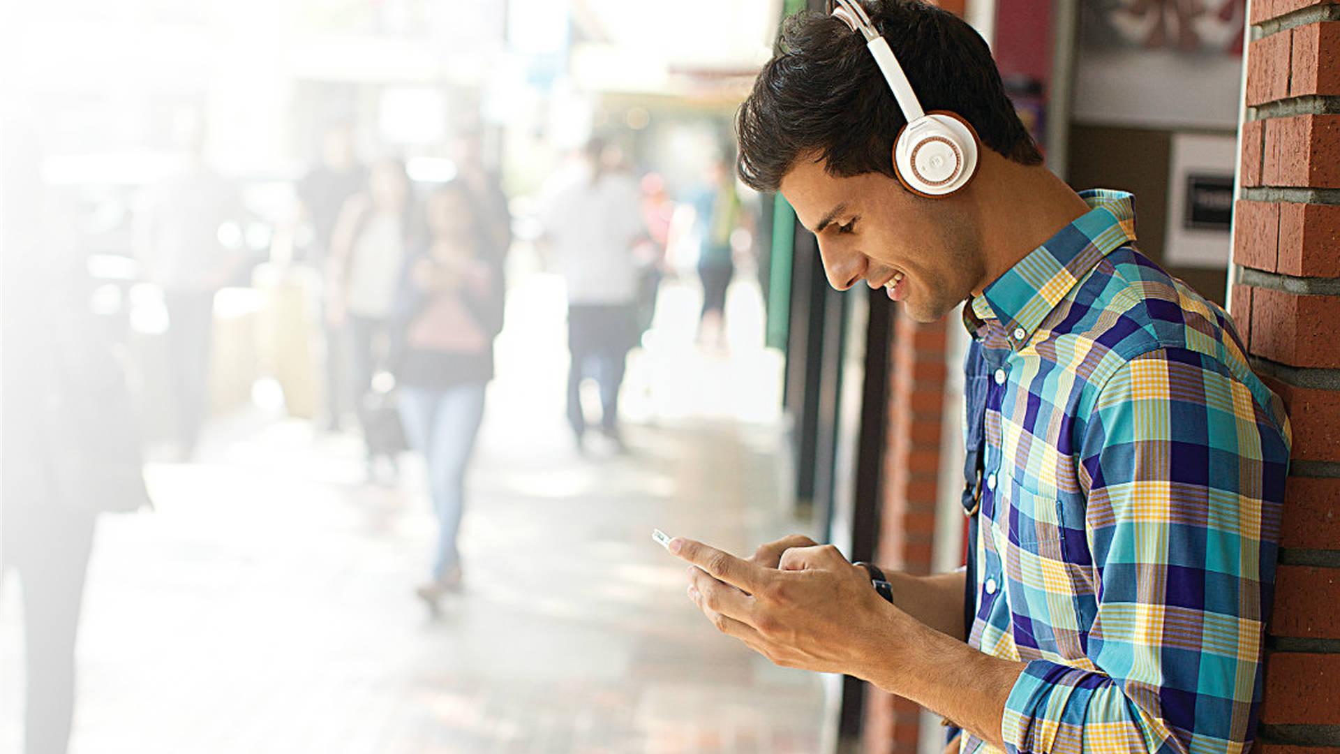 Backbeat Sense 18 Hours Wireless Bluetooth Headphones